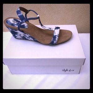 Style & Co blue cloud sandals
